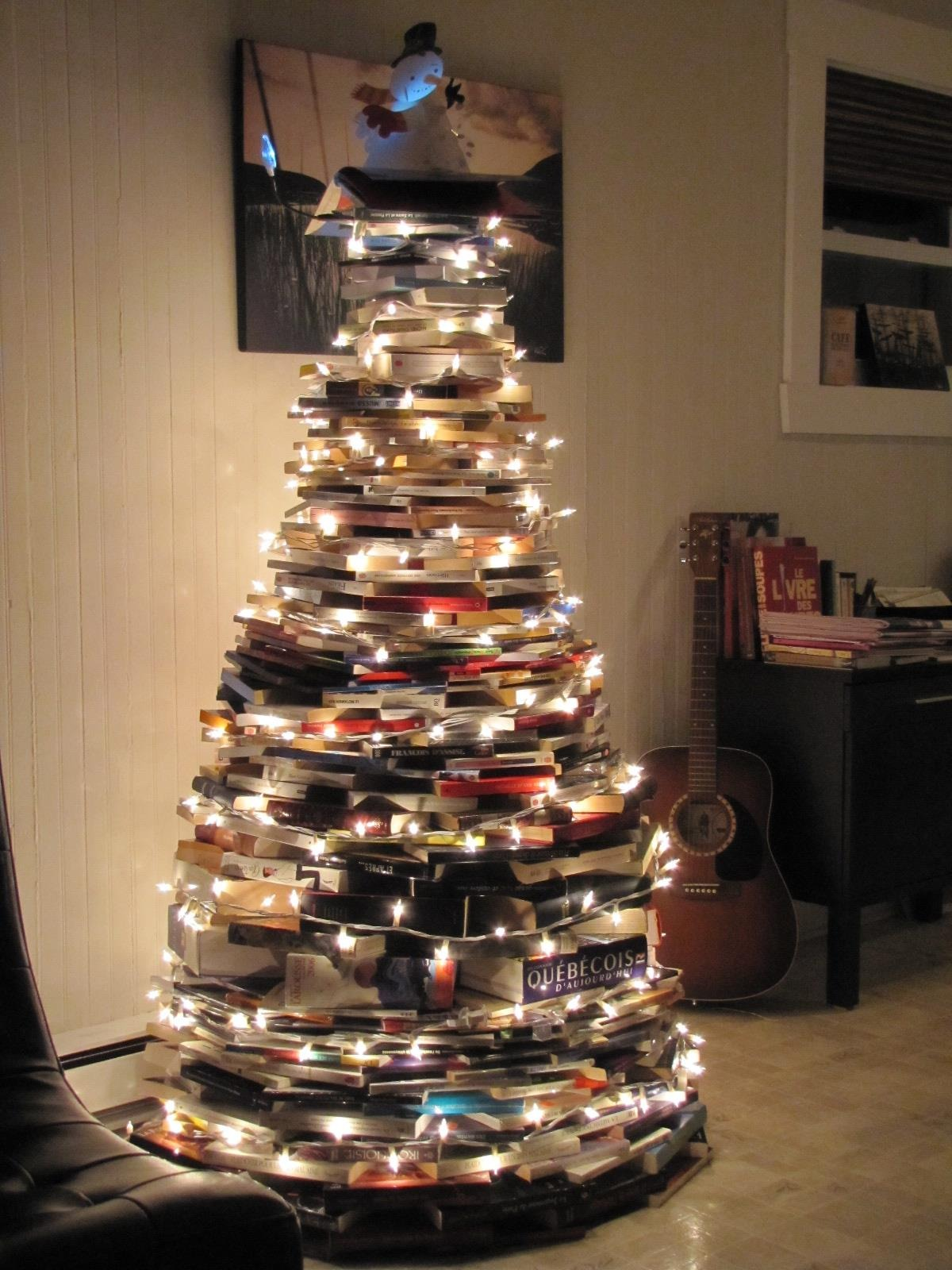 Christmas tree ideas for small spaces - Book Christmas Tree